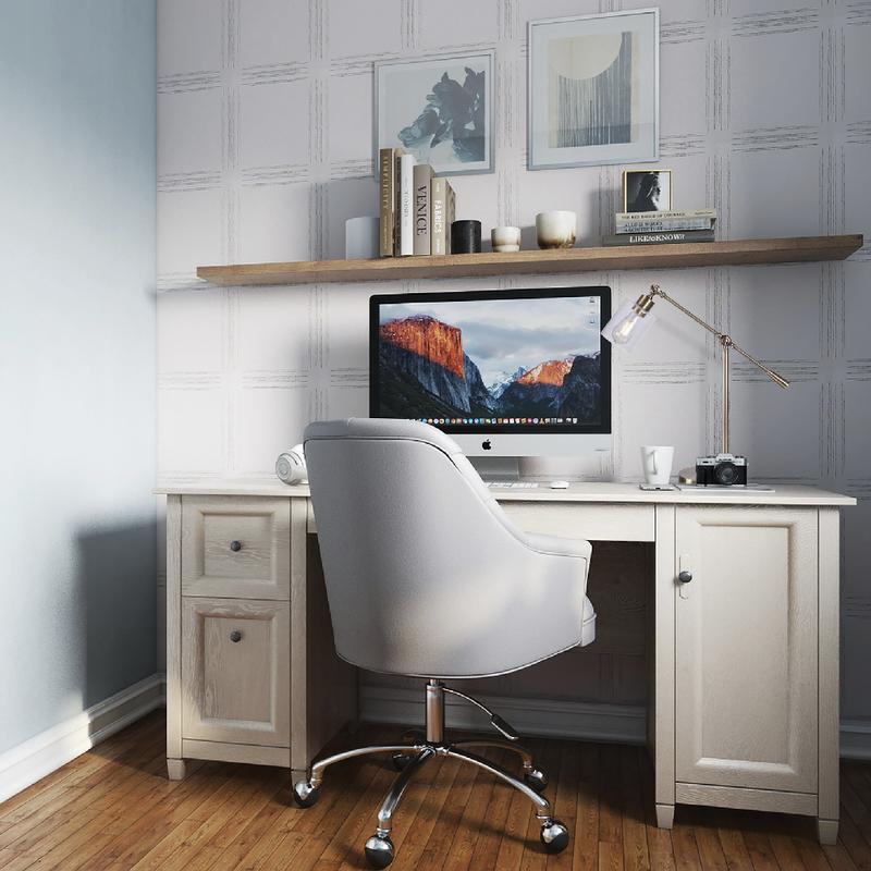 Office Design by Havenly Interior Designer Aubrey