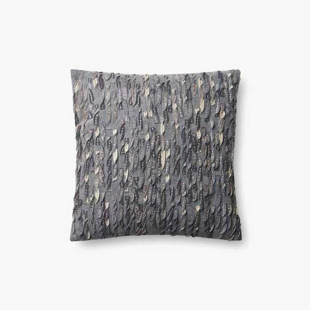"""Loloi PILLOWS P0605 Grey 18"""" x 18"""" Cover w/Poly - Loma Threads"""