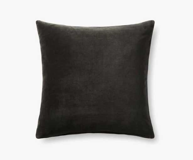 """Loloi PILLOWS P0737 Charcoal / Grey 22"""" x 22"""" Cover w/Down - Loma Threads"""