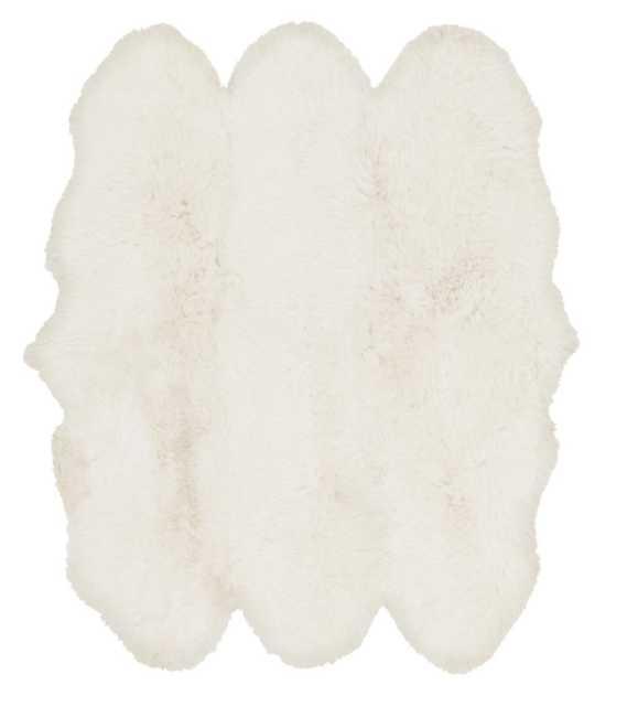 Alma Sheepskin Rug  - White - 4' x 6' - Lulu and Georgia
