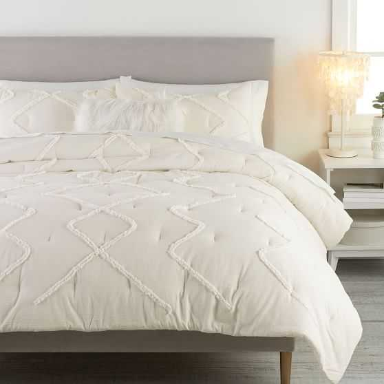 Ashlyn Tufted Comforter - Pottery Barn
