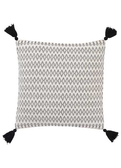 PEY13 - Peykan pillow - Collective Weavers