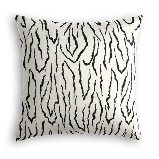 Throw Pillow  Animal Instinct - Black- 20''x 20''-Down Insert - Loom Decor