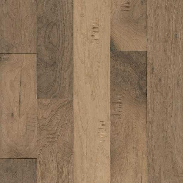 Bruce Take Home Sample - Hickory Natural Engineered Hardwood Flooring - 5 in. x 7 in. - Home Depot