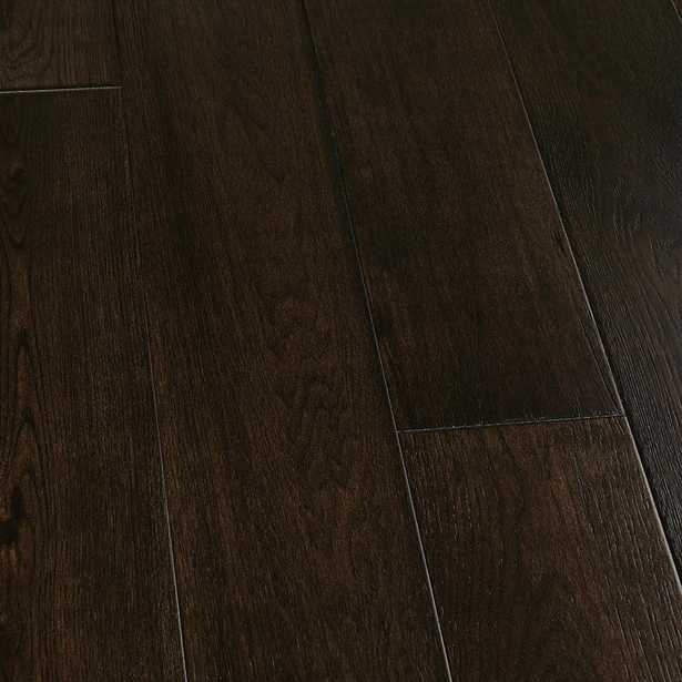 Hickory Wadell Creek 1/2 in. Thick x 7-1/2 in. Wide x Varying Length Engineered Hardwood Flooring (23.31 sq. ft. / case) - Home Depot