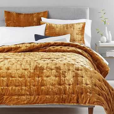 Lush Velvet Tack Stitch Quilt, King, Golden Oaks - West Elm