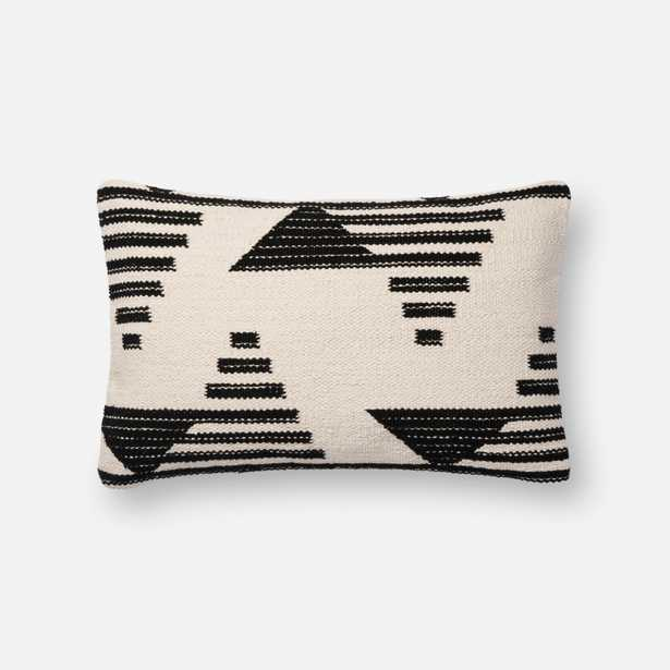 PILLOWS - BLACK / WHITE - Loma Threads