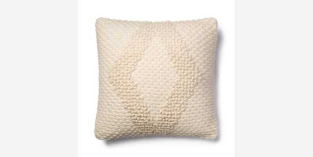 """P1007 MH IVORY - 22"""" x 22"""" - Down insert - Loma Threads"""