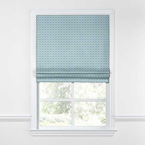 Flat Roman Shade  Mazing Grace - Aqua- 34'' x 46''-Blackout lining - Loom Decor