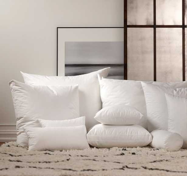 """Pillow insert - 90% Duck Feathers / 10% Down - 24"""" x 24"""" - Noble Feather Co."""