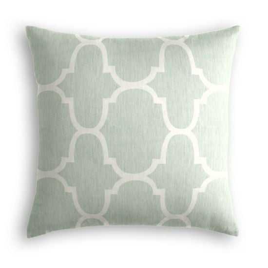 "Sea Green Quatrefoil Throw Pillow - 20""x20"" with Down Insert - Loom Decor"