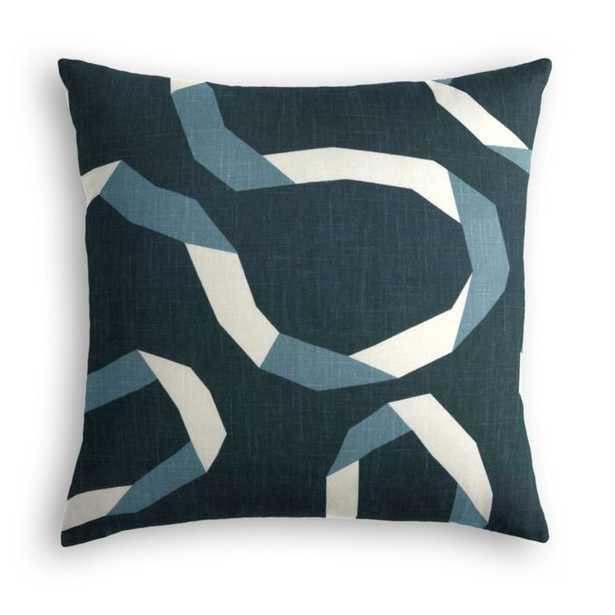 Throw Pillow -Vento Admiral - Loom Decor