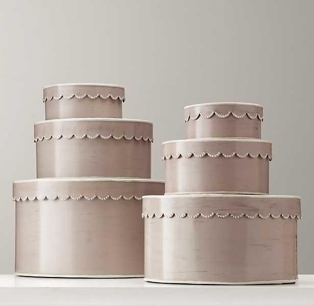 SCALLOPED-EDGE NESTING BOXES - IVORY large - RH Baby & Child