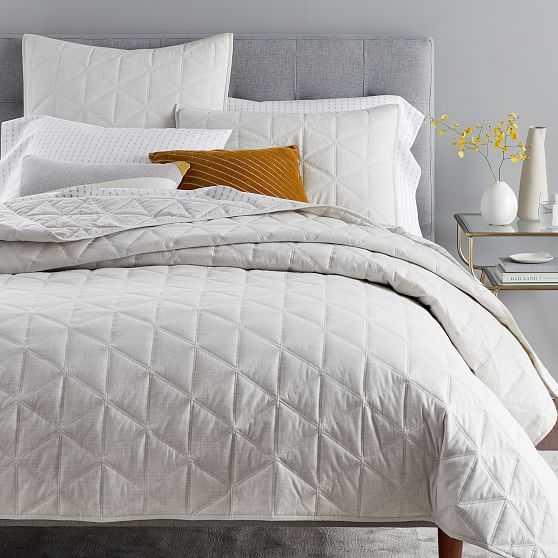 Organic Heathered Cotton Sateen Quilt & Standard Sham, Fog, Full/Queen - West Elm