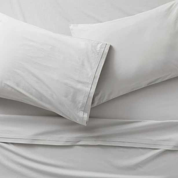 Mellow Sterling Organic Cotton King Sheet Set - Crate and Barrel