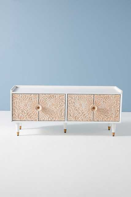 Handcarved Guilliver Storage Bench By Anthropologie in White - Anthropologie