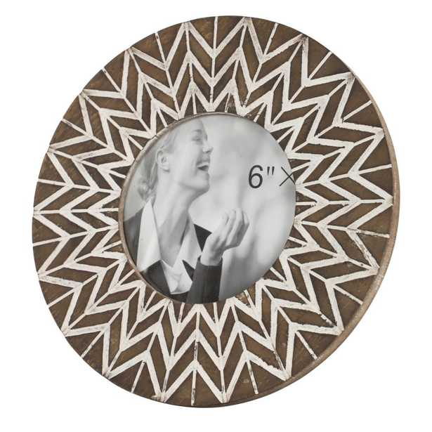 """Litton Lane 5"""" x 5"""" Round White & Natural Carved Wood Picture Frame with Chevron Pattern - Home Depot"""