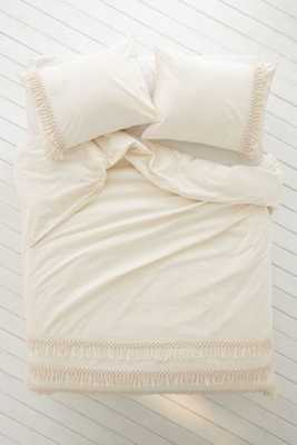 Magical Thinking Net Tassel Duvet Cover - Ivory - Full/Queen - Urban Outfitters