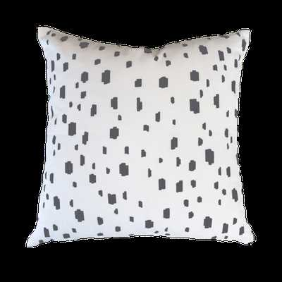 GREY SPOTTED PILLOW - Caitlin Wilson