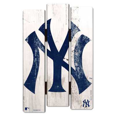 "New York Yankees WinCraft 16"" x 11"" Wood Fence Sign - MLBshop.com"