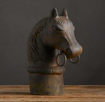 CAST IRON HITCHING POST HORSE - RH