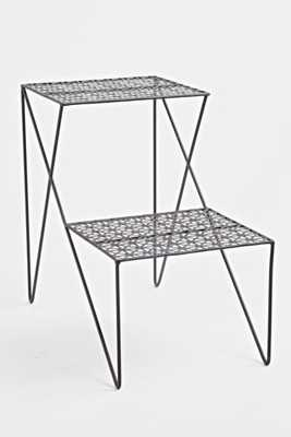 Two Tier Side Table - Black - Urban Outfitters