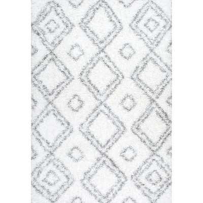 NuLOOM Alexa My Soft and Plush Moroccan Trellis White/ Grey Easy Shag Rug (5'3 x 7'6) - Overstock
