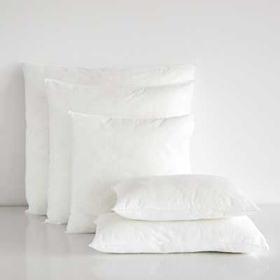 "PILLOW INSERT - 12"" x 19.5"" - Zara Home"