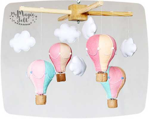 Baby mobile hot air balloons and Clouds - Etsy