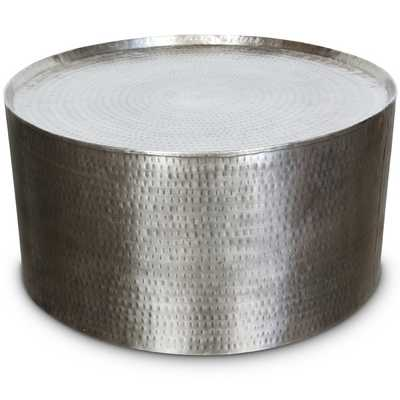 Porter Rotonde Hammered Metal Industrial Round Coffee Table (India) - Overstock