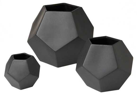 Faceted Vase -Matte Black- Small - Domino