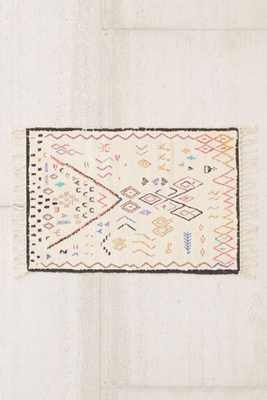 Lupita Chenille Printed Rug - 5' x 7' - Urban Outfitters