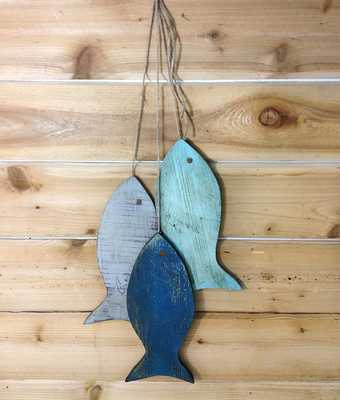 Painted String of Fish Wall decor - Etsy