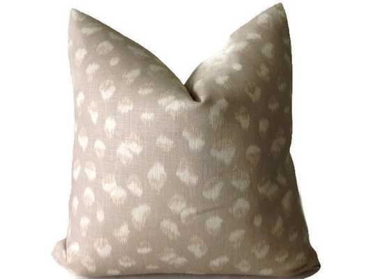 "Kelly Wearstler Feline Pillow, Decorative Pillow Cover -18''x 18""-Insert not included - Etsy"