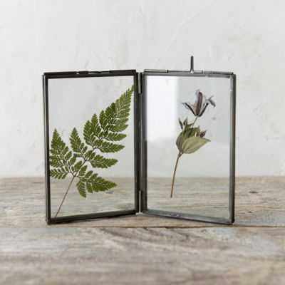 Folding Botanical Frame 2-FOLD - shopterrain.com