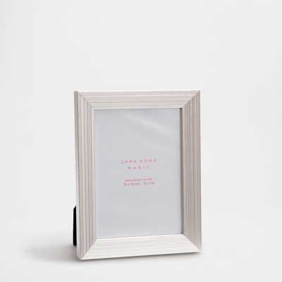 SILVER PLATED WOODEN FRAME - Zara Home