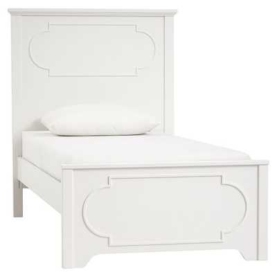 Shelby Classic Bed, Queen - Pottery Barn Teen