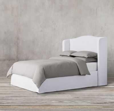 WESTBURY SLIPCOVERED BED -  KING - WASHED BELGIAN LINEN - WHITE - RH