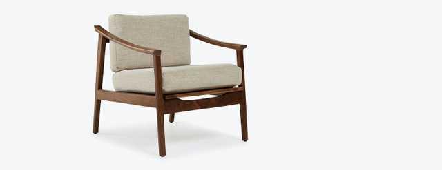 White Bradshaw Mid Century Modern Chair - Tussah Snow - Walnut - Joybird