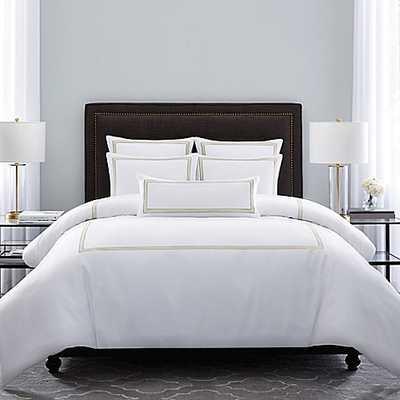 Wamsutta® Hotel Triple Baratta Stitch King Comforter Set in White/honey - Bed Bath & Beyond