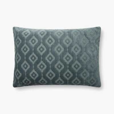 "Loloi PILLOWS P0866 Azure 16"" x 26"" Cover w/Poly - Loma Threads"