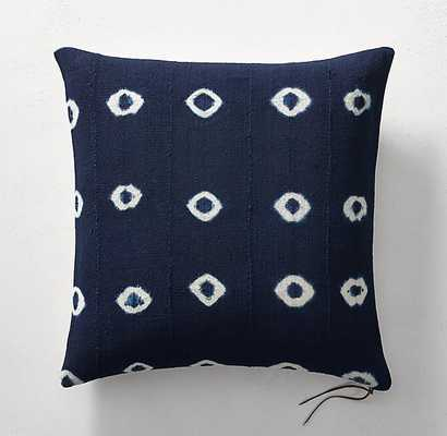 "HANDCRAFTED AFRICAN INDIGO SHIBORI DOT PILLOW COVER -22"" - RH"