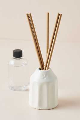 Boulangerie Reed Diffuser - WHIPPED CREAM AND PEAR - Anthropologie