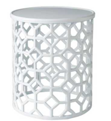 Hale Accent Table - Neva Home