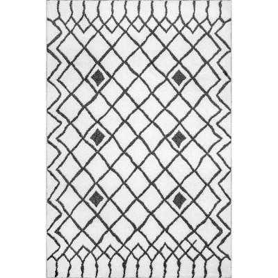 Loom 23 Remi Diamond Lattice Area Rug - Loom 23