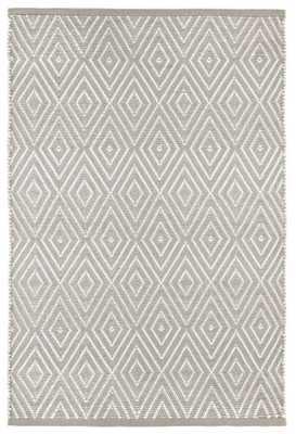 DIAMOND PLATINUM/WHITE INDOOR/OUTDOOR RUG, 8.5 'x 11' - Dash and Albert