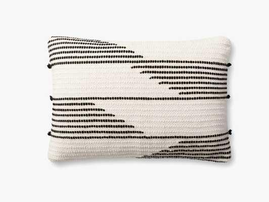 P1156 MH Ivory / Black - Loma Threads