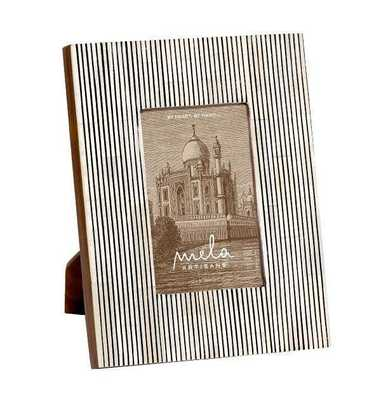 Pinstripe Photo Frame 4x6 in Black & White - Koa Artisans