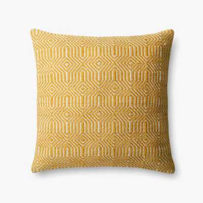 """PILLOWS - YELLOW / IVORY - 22"""" X 22"""" Cover w/Poly Fill - Loma Threads"""