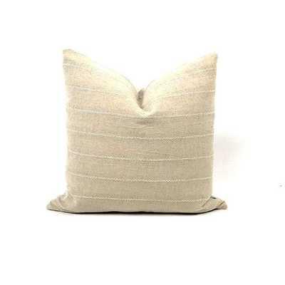 WUT Pillow Bryar Wolf - Burke Decor